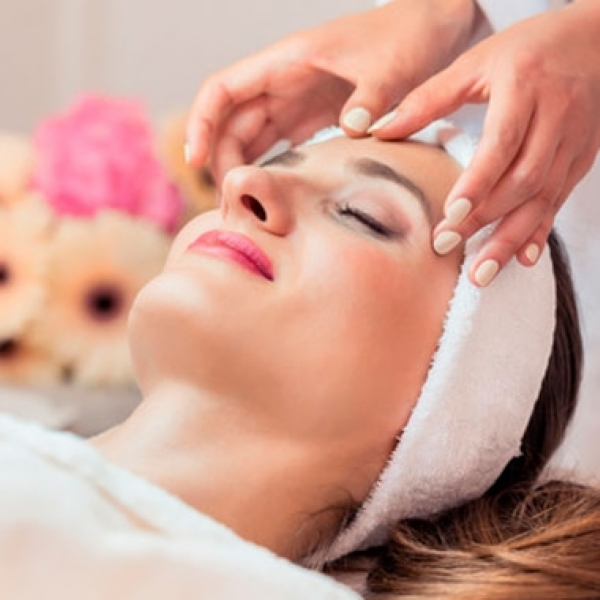 Day Spa Face Lift